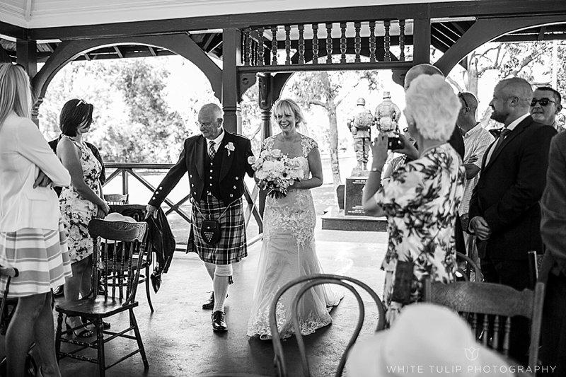 kings-park-relaxed-picnic-wedding_0021.jpg
