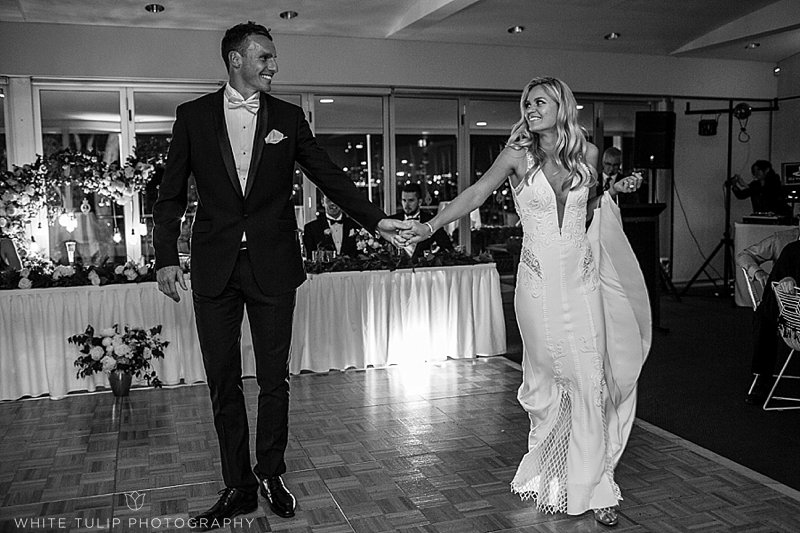 royal-perth-yacht-club-wedding-fremantle-dockers_0157.jpg