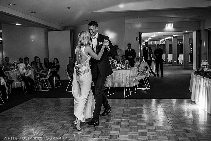 royal-perth-yacht-club-wedding-fremantle-dockers_0158.jpg