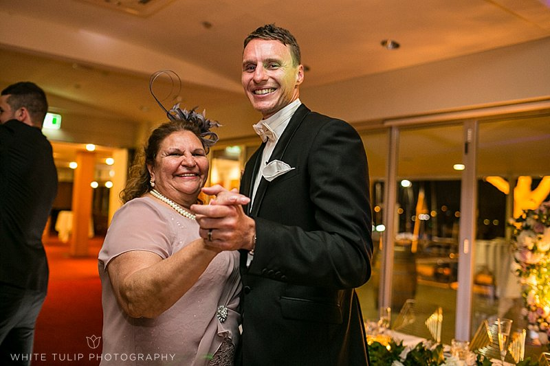 royal-perth-yacht-club-wedding-fremantle-dockers_0165.jpg