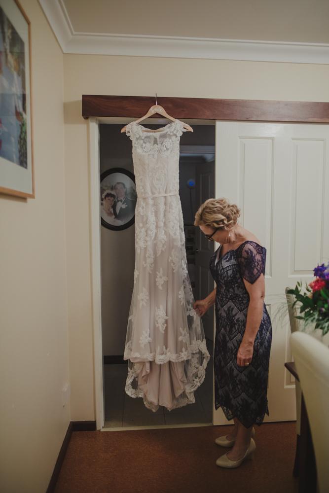 perth-wedding-photographer-st-josephs-subiaco-2.jpg