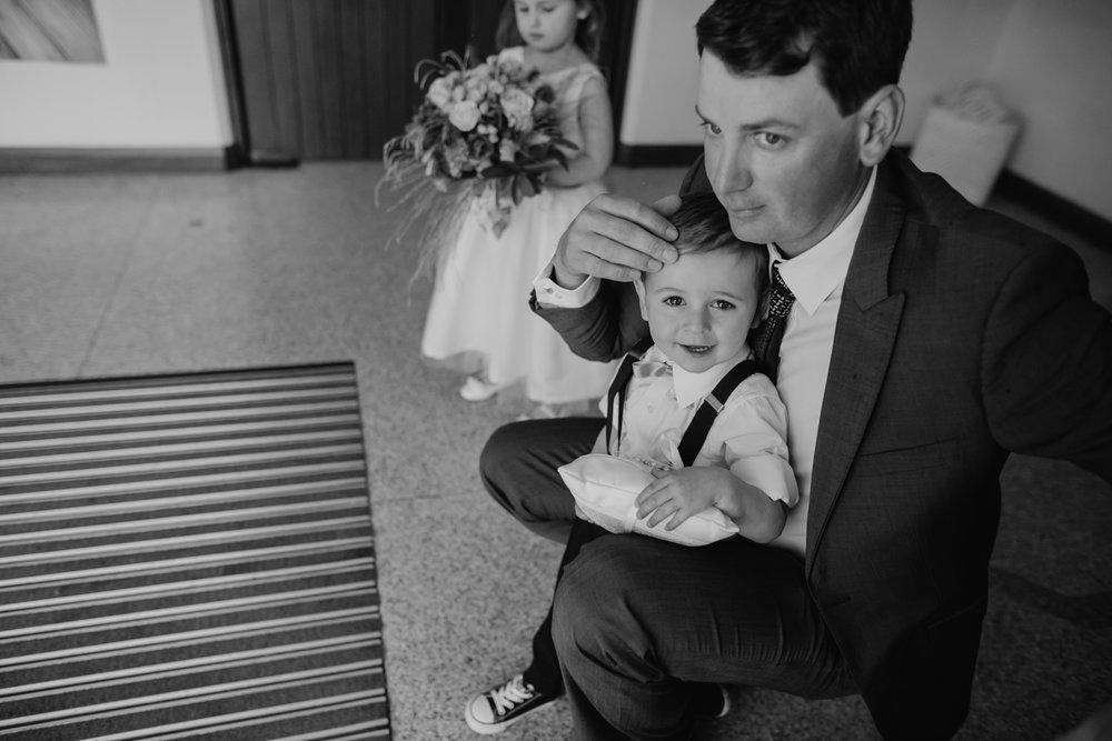 perth-wedding-photographer-st-josephs-subiaco-15.jpg