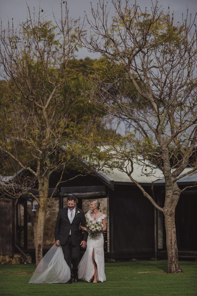 broadwater-farm-wedding-photographer-busselton-24.jpg