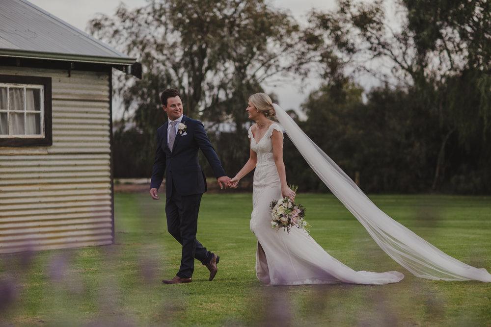 broadwater-farm-wedding-photographer-busselton-56.jpg