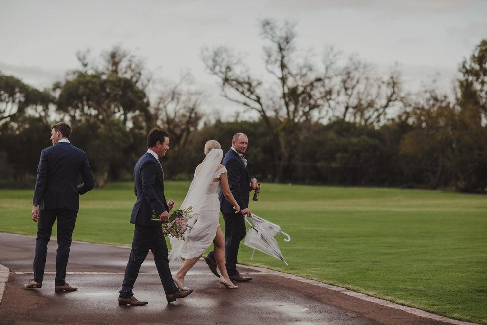 broadwater-farm-wedding-photographer-busselton-59.jpg