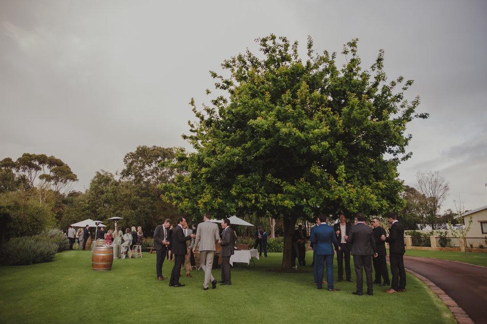 broadwater-farm-wedding-photographer-busselton-60.jpg