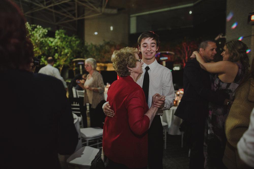 perth-wedding-photographer-forrest-centre-105.jpg