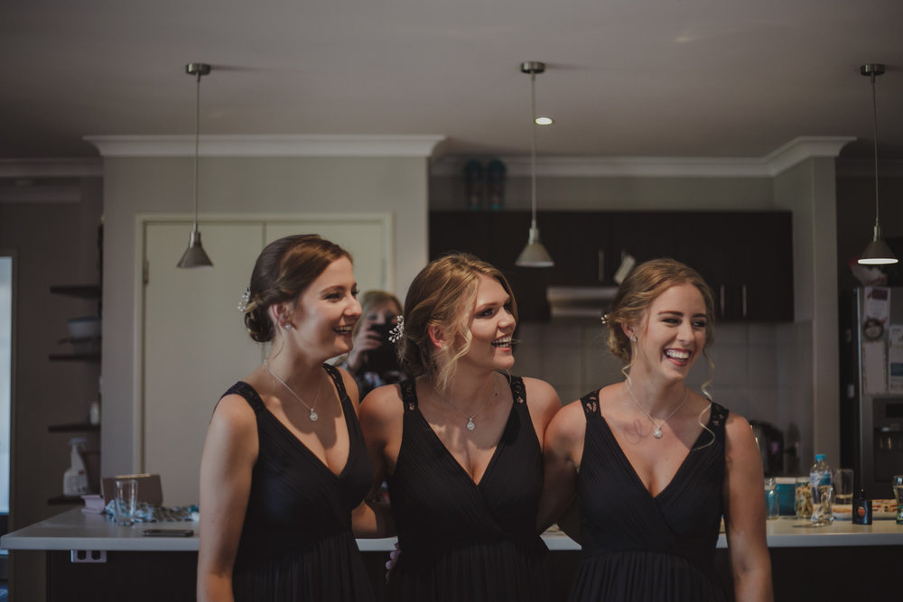 swan-valley-wedding-photographer-sandalford-estate-11.jpg