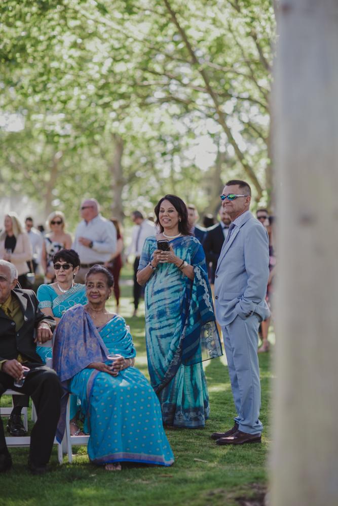 swan-valley-wedding-photographer-sandalford-estate-12.jpg