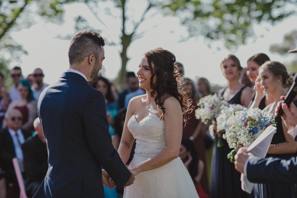 swan-valley-wedding-photographer-sandalford-estate-16.jpg