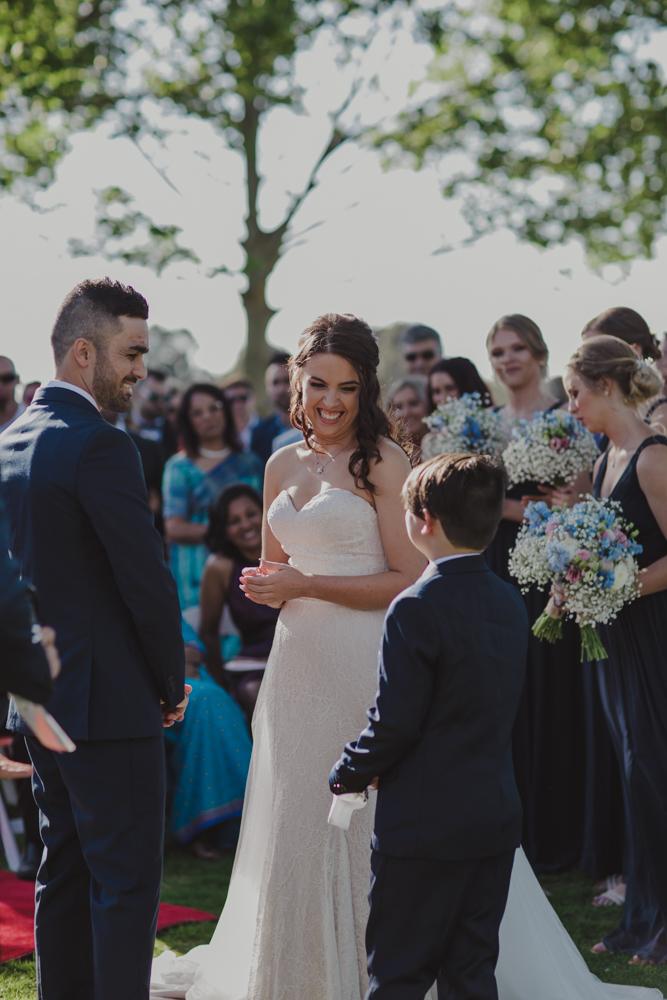 swan-valley-wedding-photographer-sandalford-estate-20.jpg