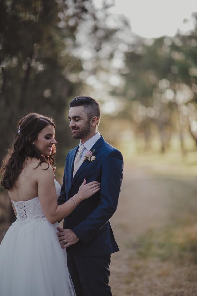 swan-valley-wedding-photographer-sandalford-estate-37.jpg