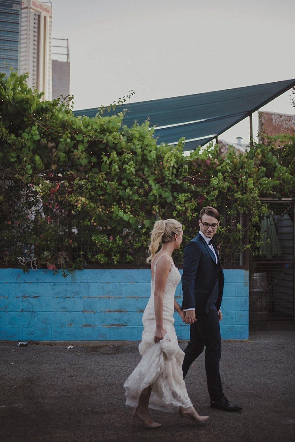 perth-wedding-photographer-art-gallery-industrial_0031.jpg