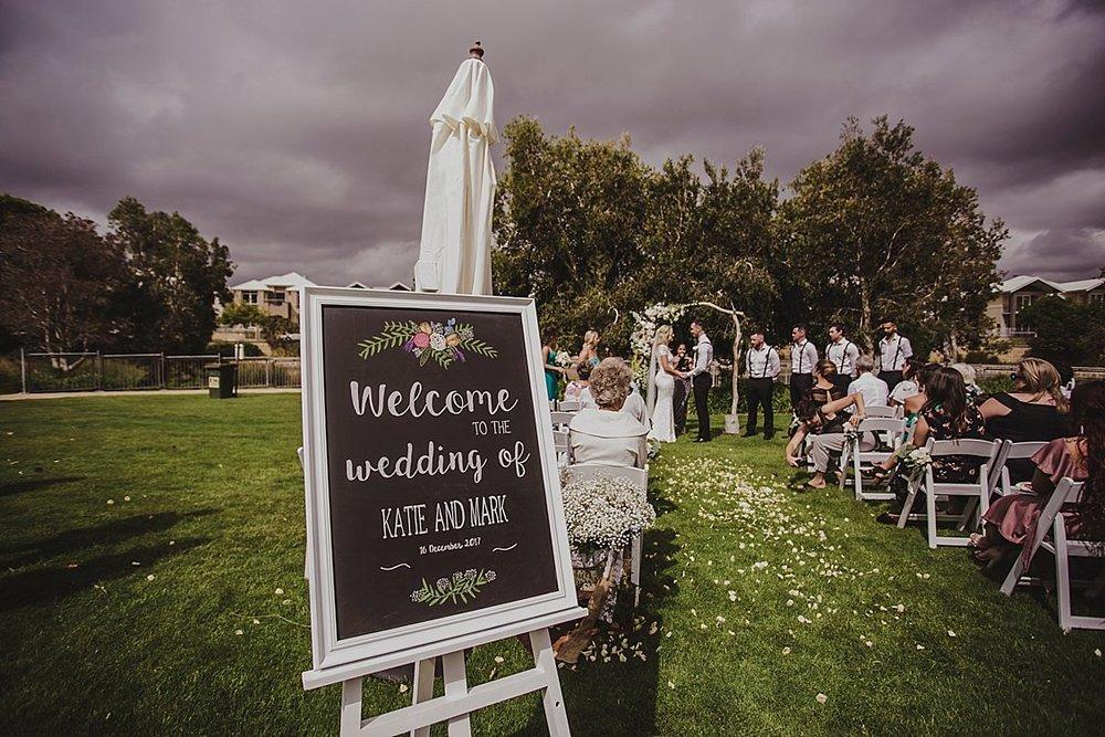 message easel wedding