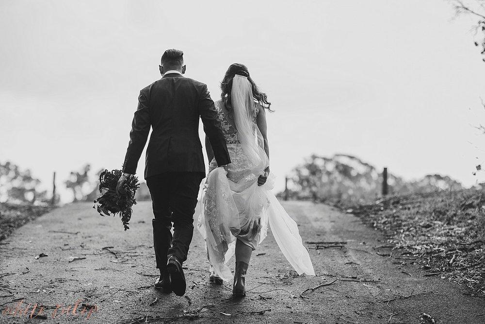 perth-wedding-photographers-mandoon-estate-swan-valley_0077.jpg
