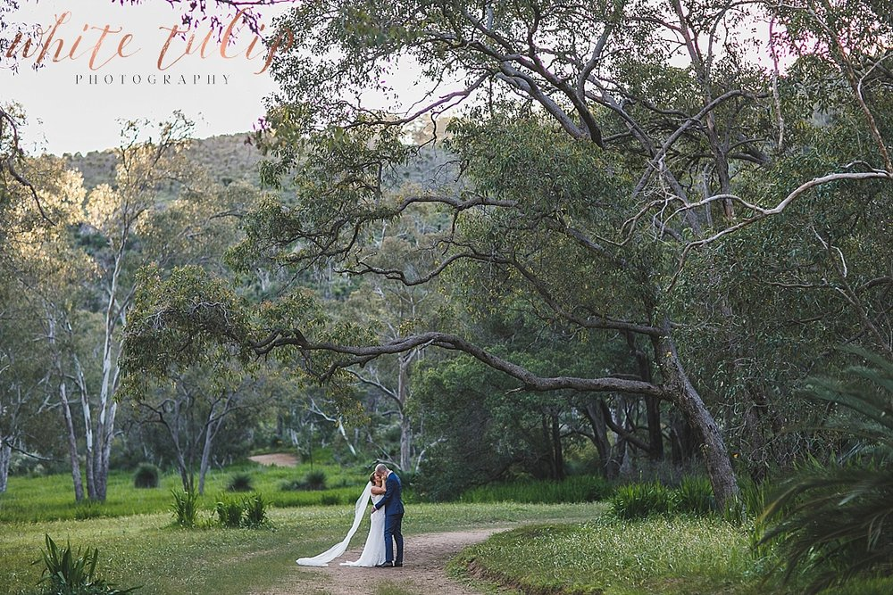 perth-wedding-photographer-swan-valley_0040.jpg