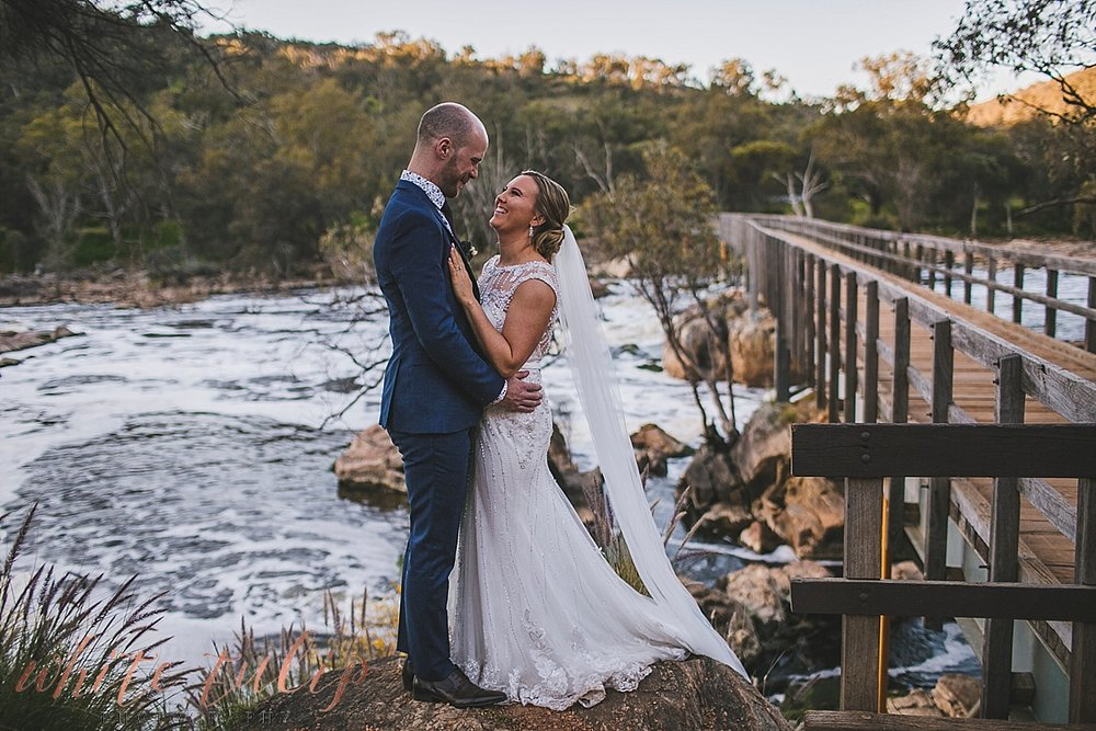 perth-wedding-photographer-swan-valley_0050.jpg
