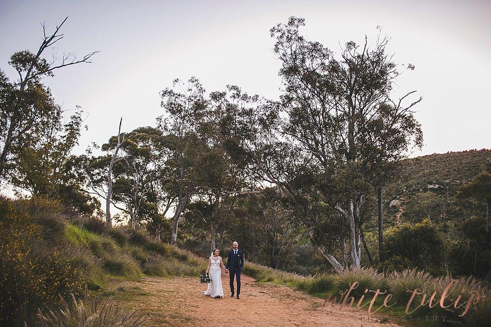 perth-wedding-photographer-swan-valley_0054.jpg