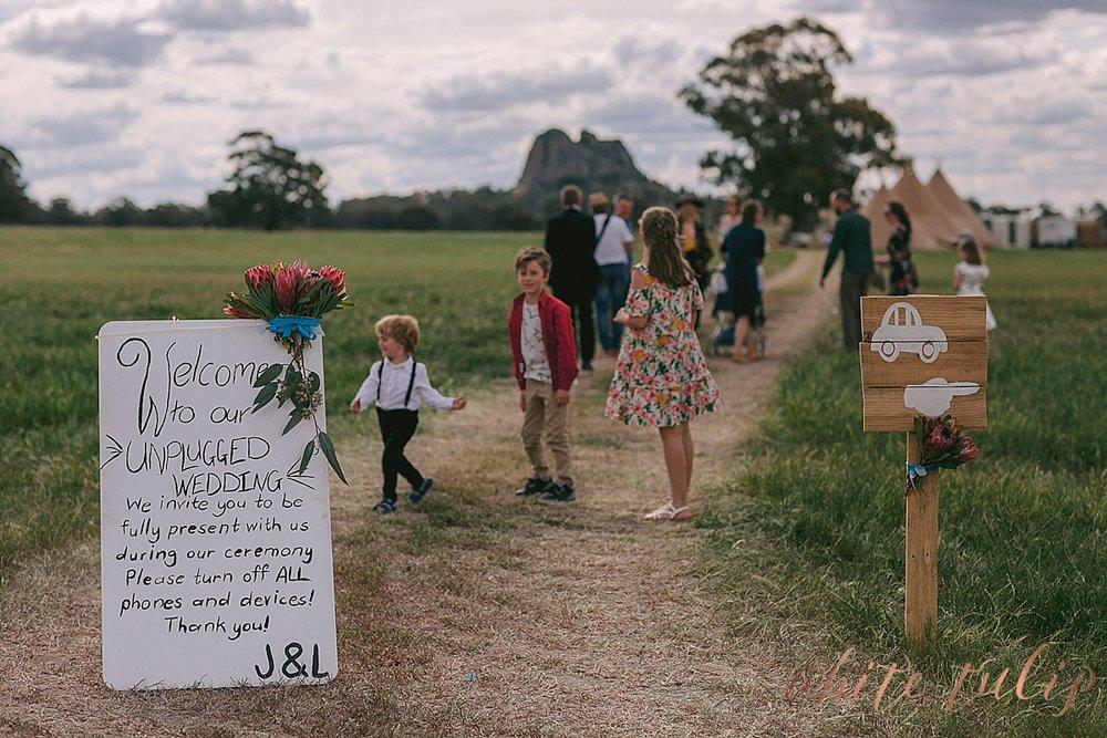 destination-wedding-photographer-country-victoria-wimmera_0015.jpg