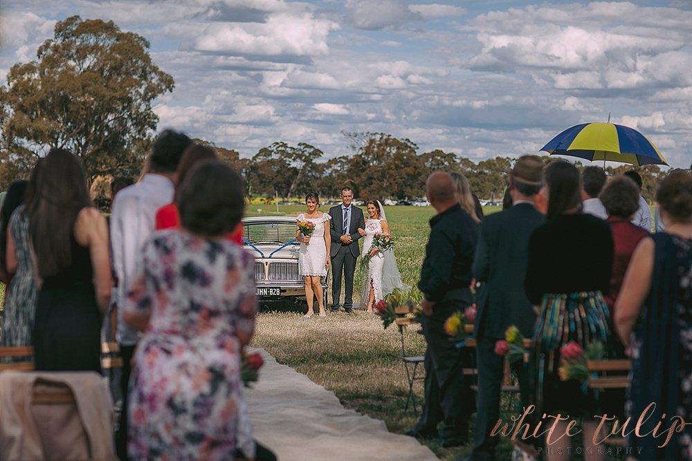 destination-wedding-photographer-country-victoria-wimmera_0032.jpg