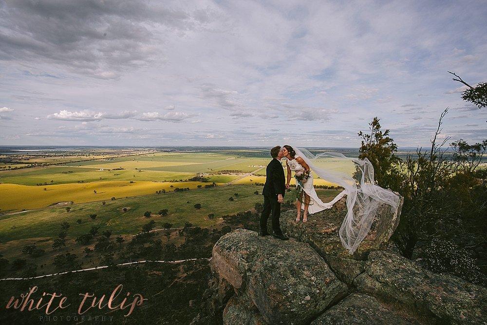 destination-wedding-photographer-country-victoria-wimmera_0068.jpg