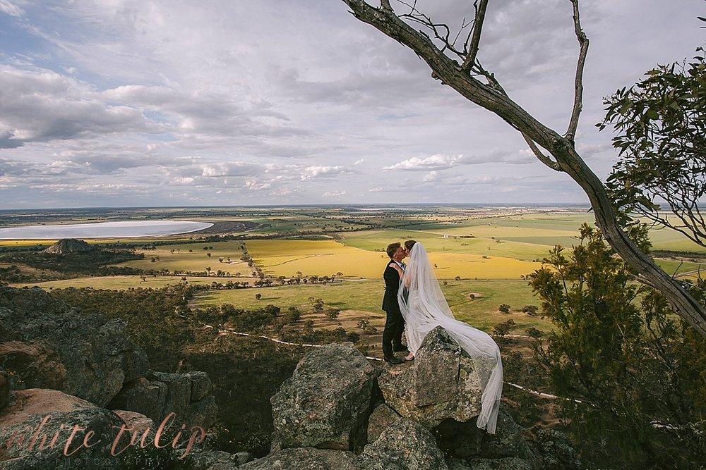 destination-wedding-photographer-country-victoria-wimmera_0071.jpg