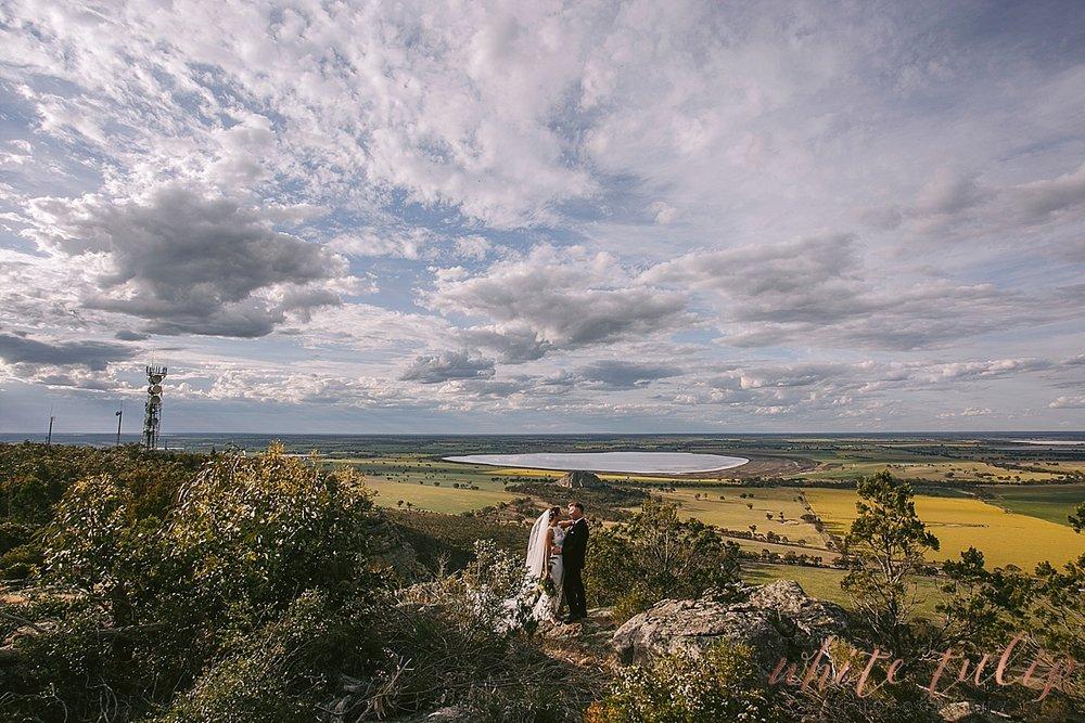 destination-wedding-photographer-country-victoria-wimmera_0073.jpg