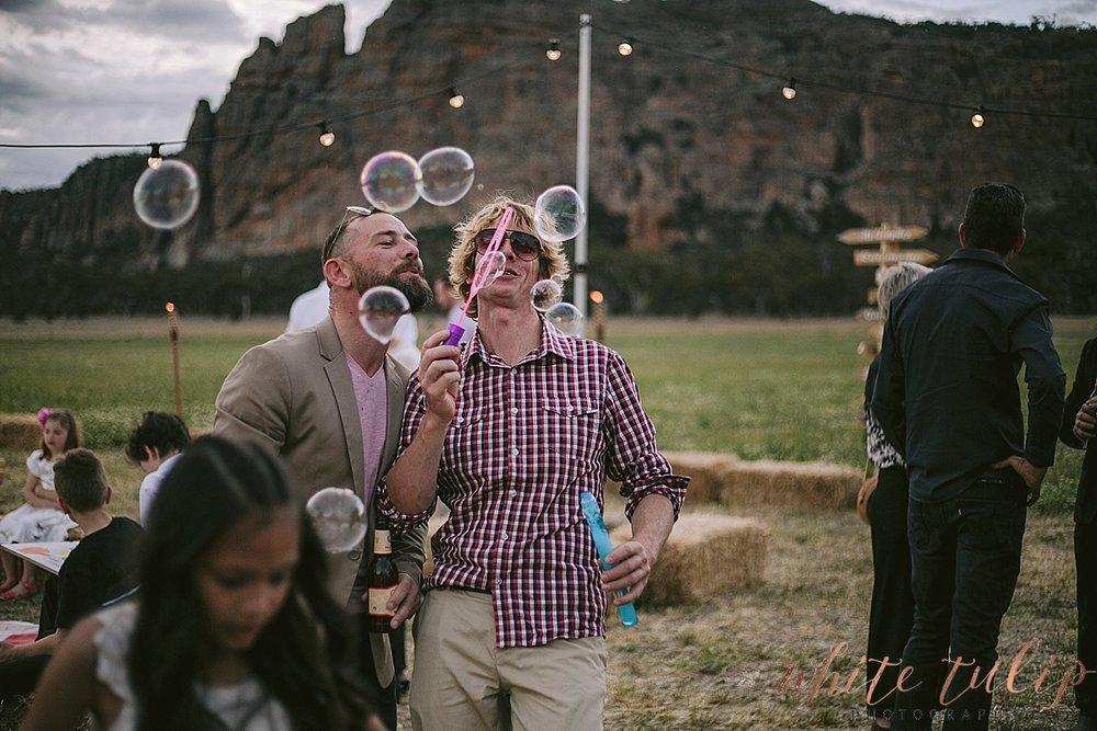 destination-wedding-photographer-country-victoria-wimmera_0095.jpg
