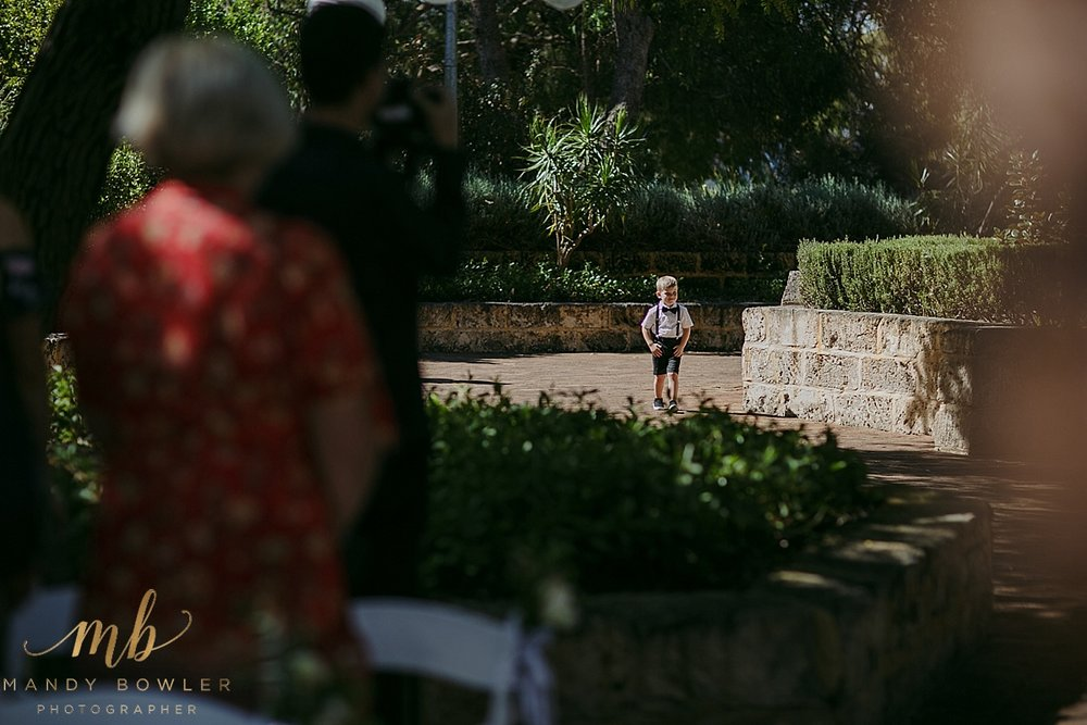 perth-wedding-photographers-scented-gardens_0018.jpg