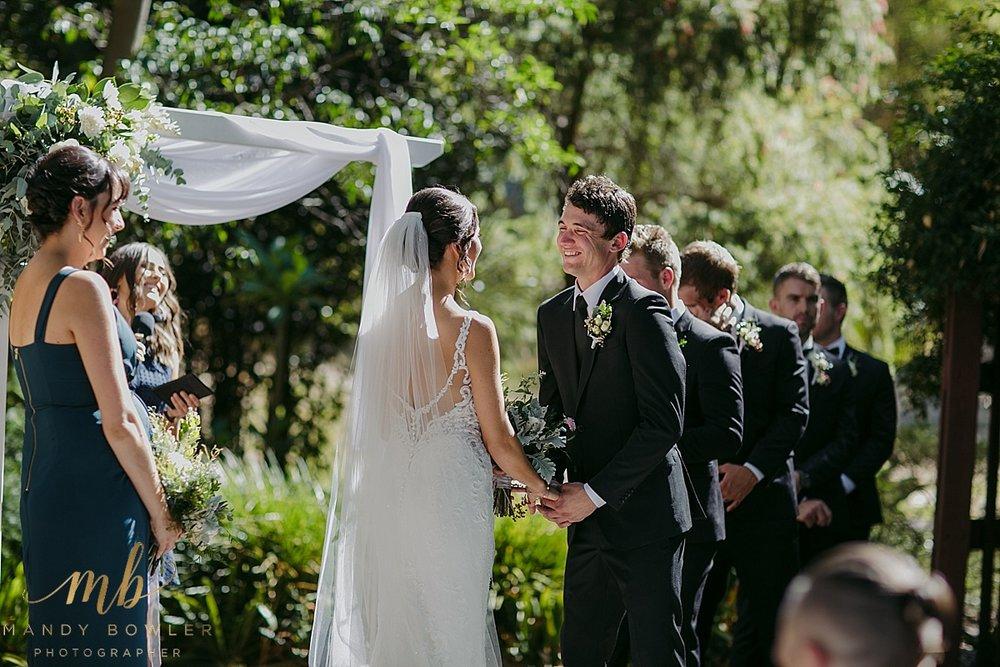 perth-wedding-photographers-scented-gardens_0024.jpg