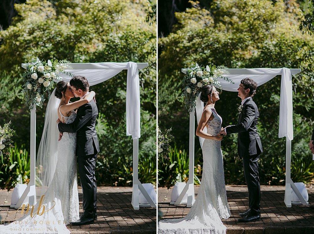 perth-wedding-photographers-scented-gardens_0025.jpg