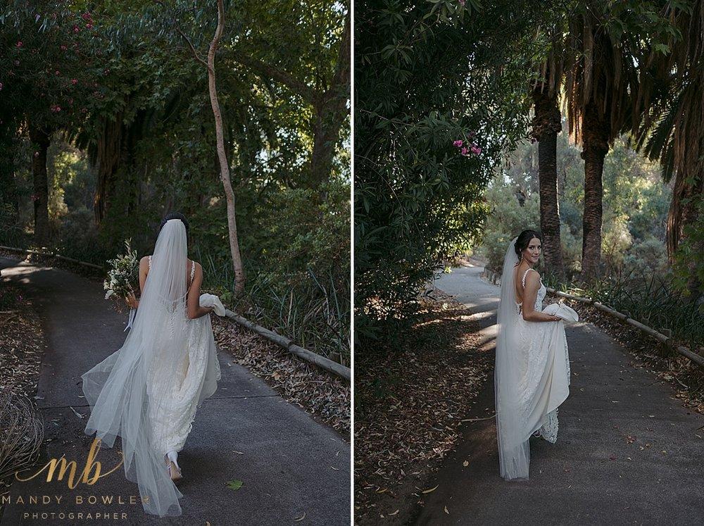 perth-wedding-photographers-scented-gardens_0035.jpg