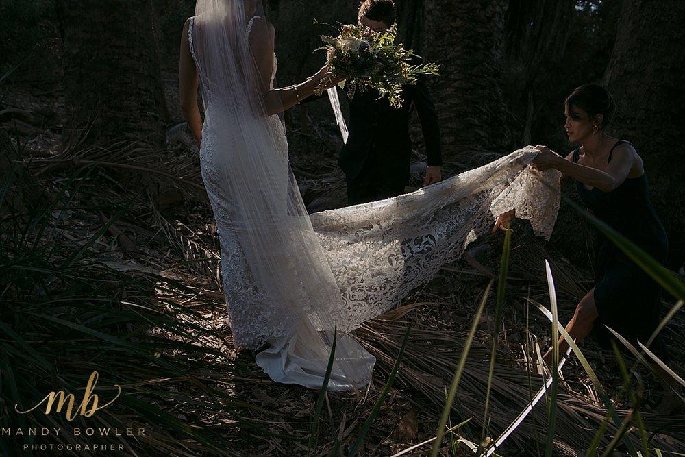 perth-wedding-photographers-scented-gardens_0043.jpg