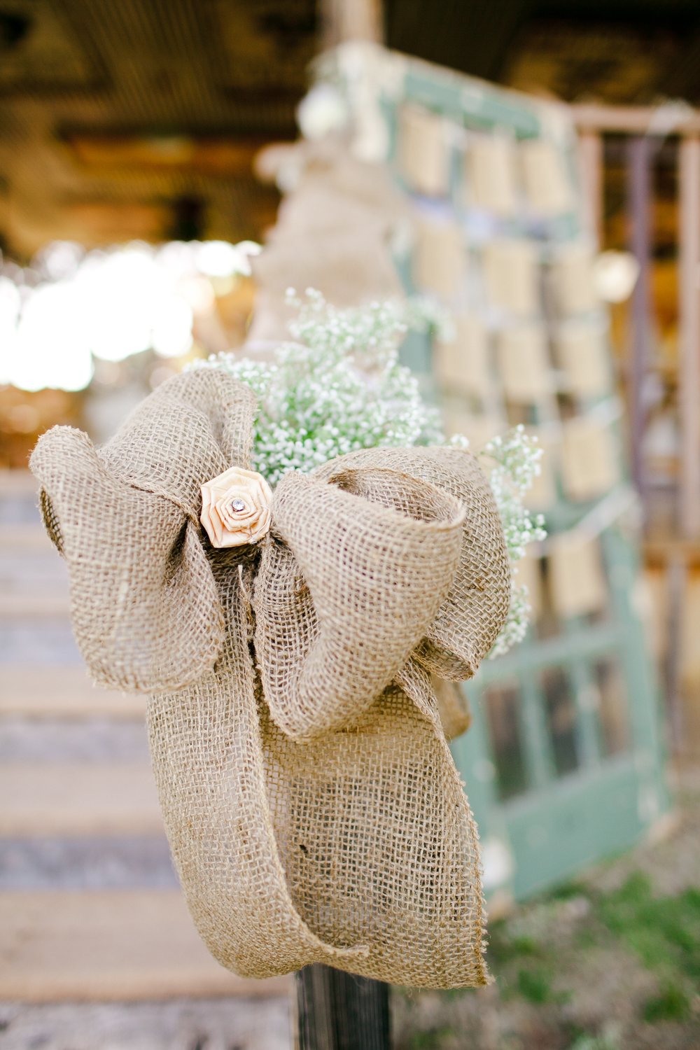 Burlap bows and decor