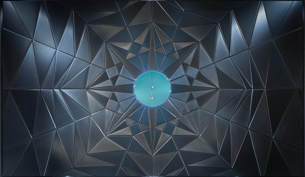 0005_Tiffany_diamonds_window-5.jpg