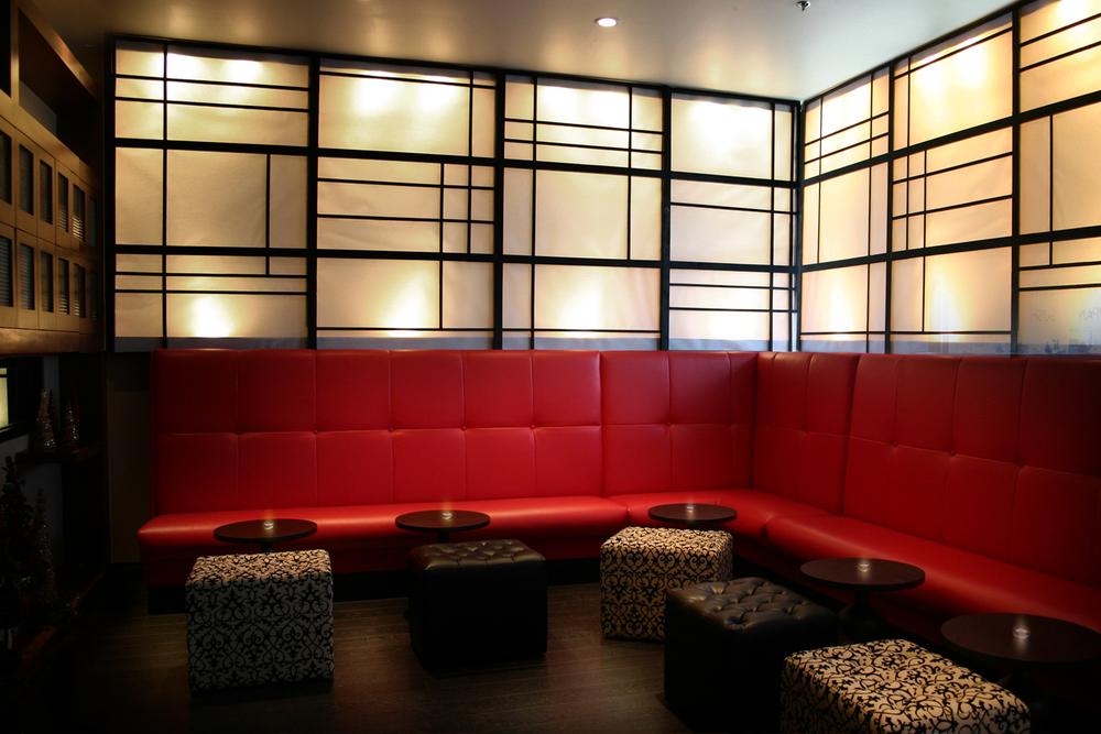 Mini_Lounge_Area.jpg
