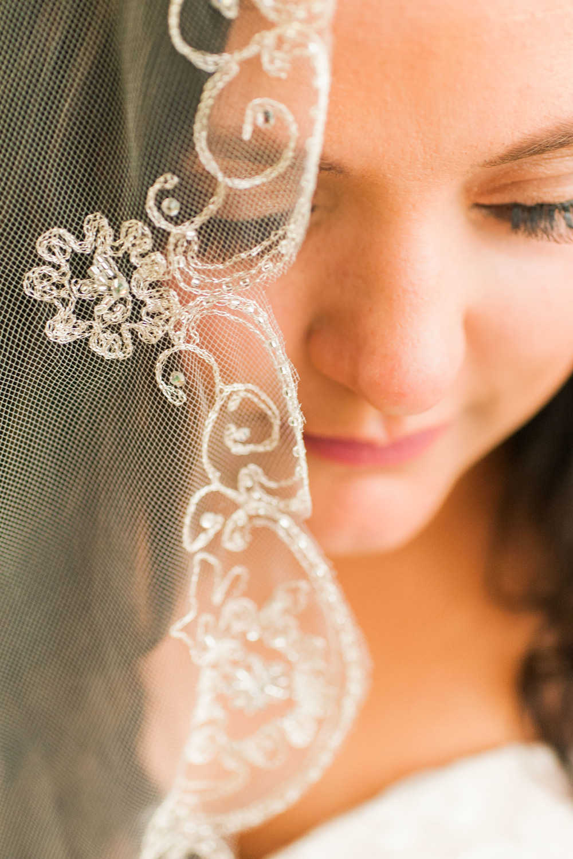 omaha bride by fine art wedding photographer samantha weddings