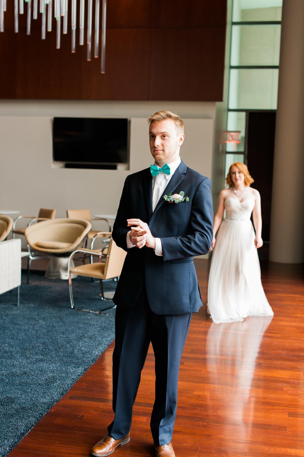 omaha-holland-arts-center-wedding-26.jpg