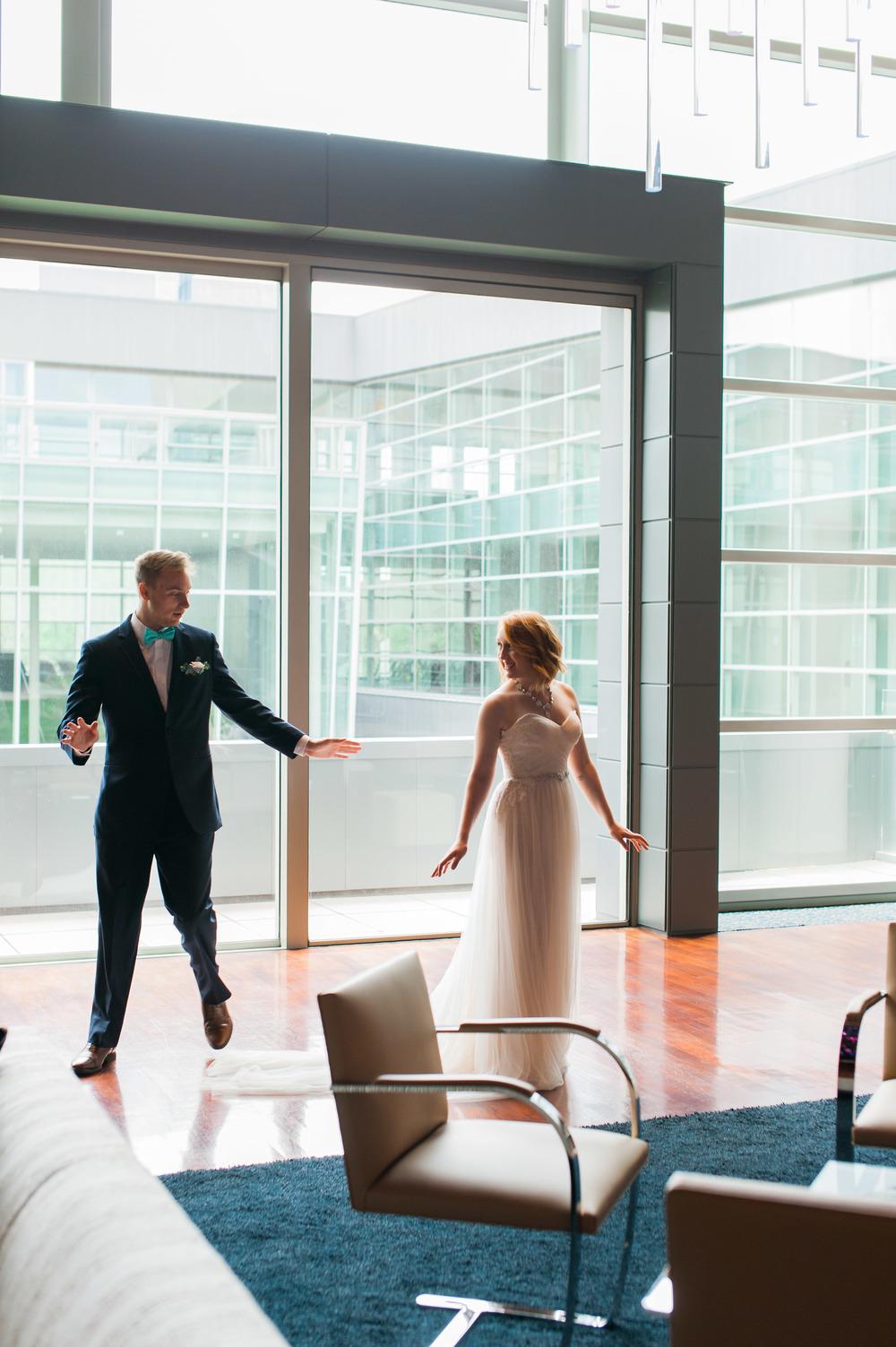 omaha-holland-arts-center-wedding-31.jpg