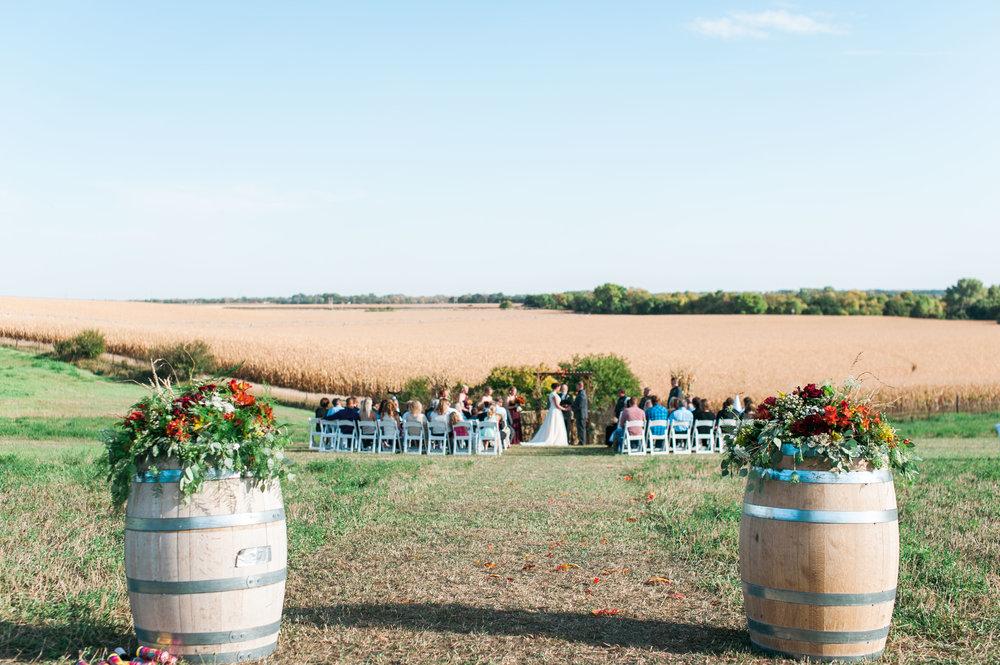 nebraska-outdoor-country-wedding-fall-26.jpg