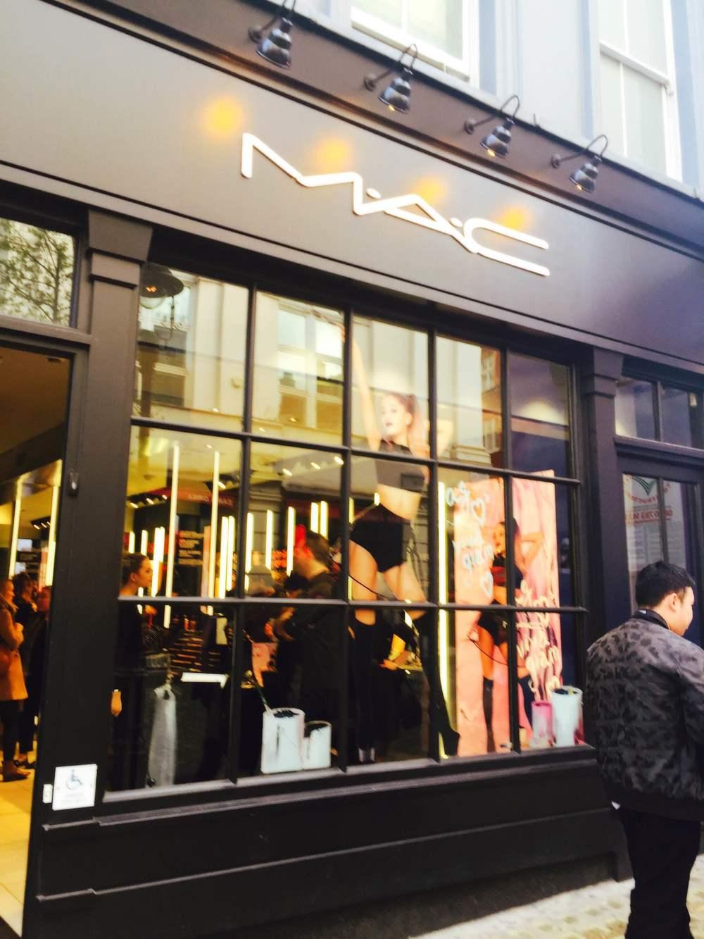 Makeup artist London and Bridal make up artist.