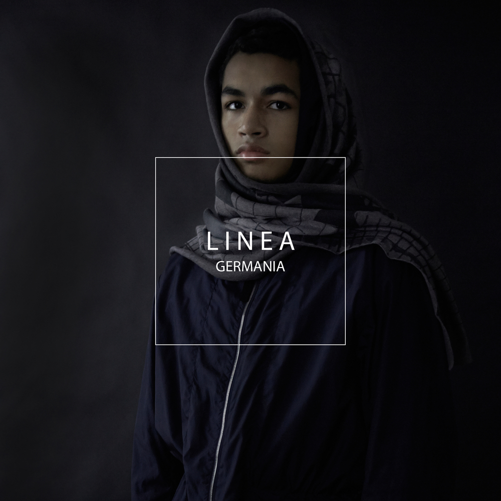 LINEA GERMANIA FORM CAMPAIGN GREY SCALE 2 NECK SCARF.jpg