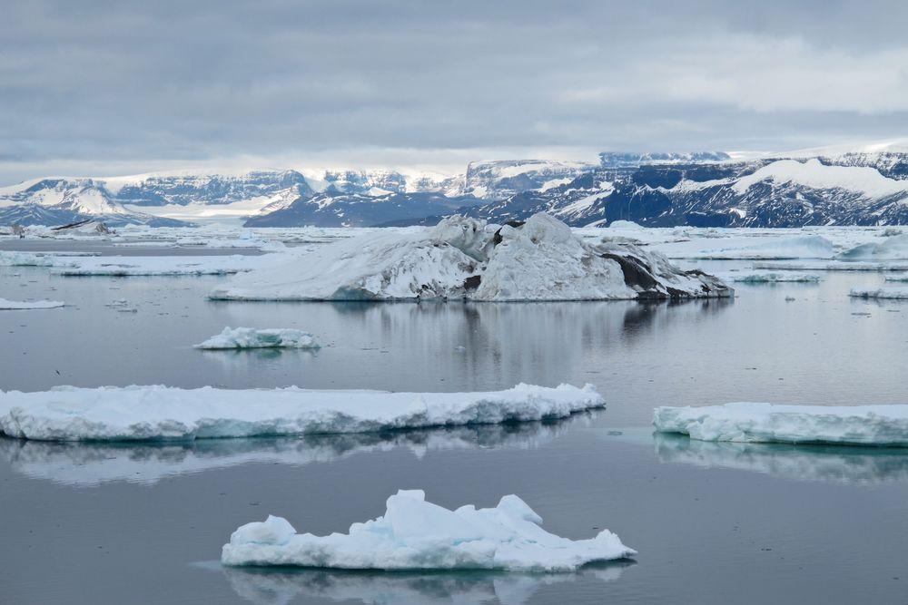 Icebergs in the Weddell Sea.jpg