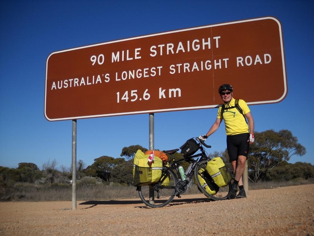 2000 - 90 mile straight sign outside caiguna roadhouse (1280x960) (1024x768).jpg