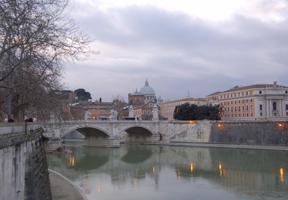 Rome - tiber river - Peter Skoggard (1024x712).jpg