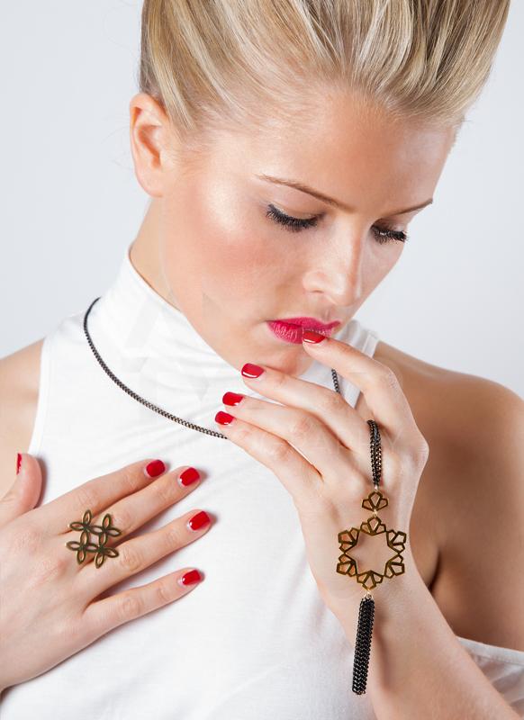 Anna-Byers-Jewellery-1.jpg