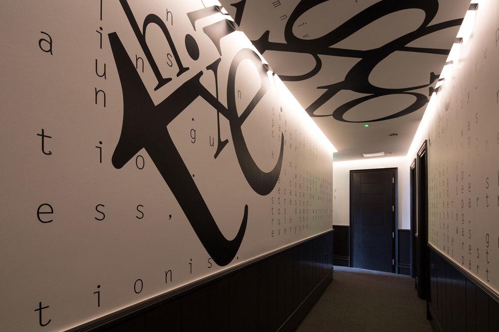 Commercial-photography-hotel-corridor-interior.jpg