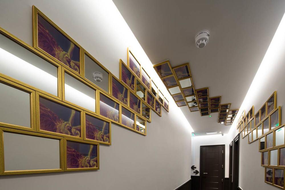 Hotel-interior-2.jpg