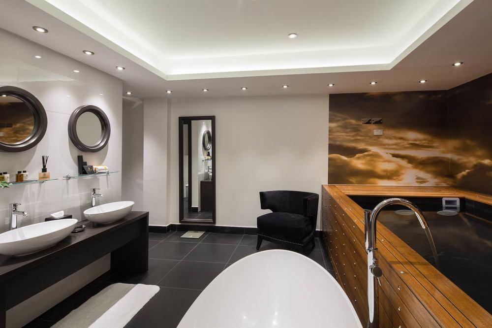 Hotel-interior-1-Edit.jpg