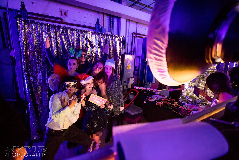 Andy_Tyler_Photography_Corporate_Xmas_Party_003_Andy_Tyler_Photography_EX_Xmas_Party_2017_007_5DB_0041.jpg